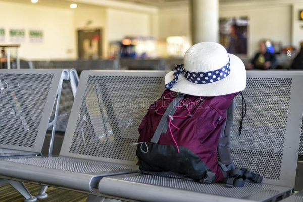 10 tips for traveling light with cabin baggage!